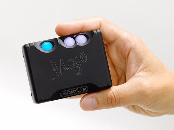Chord Mojo DAC and Headphone Amplifier