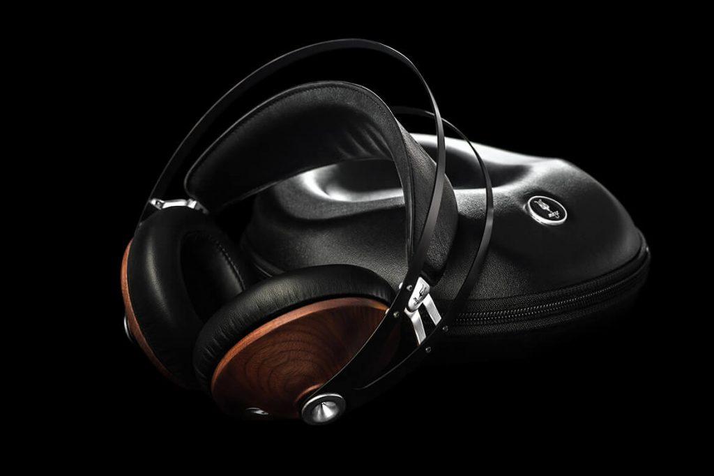 Meze 99 Classics Silver Headphones Case