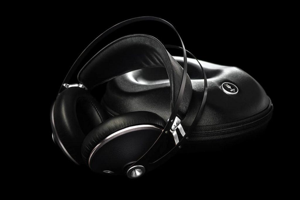 Meze 99 Neo Headphones case