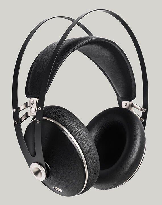 Meze Audio 99 Neo headphones